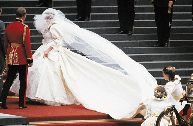 Brides-to-be Take Note! The Top 10 Worst Celebrity Wedding