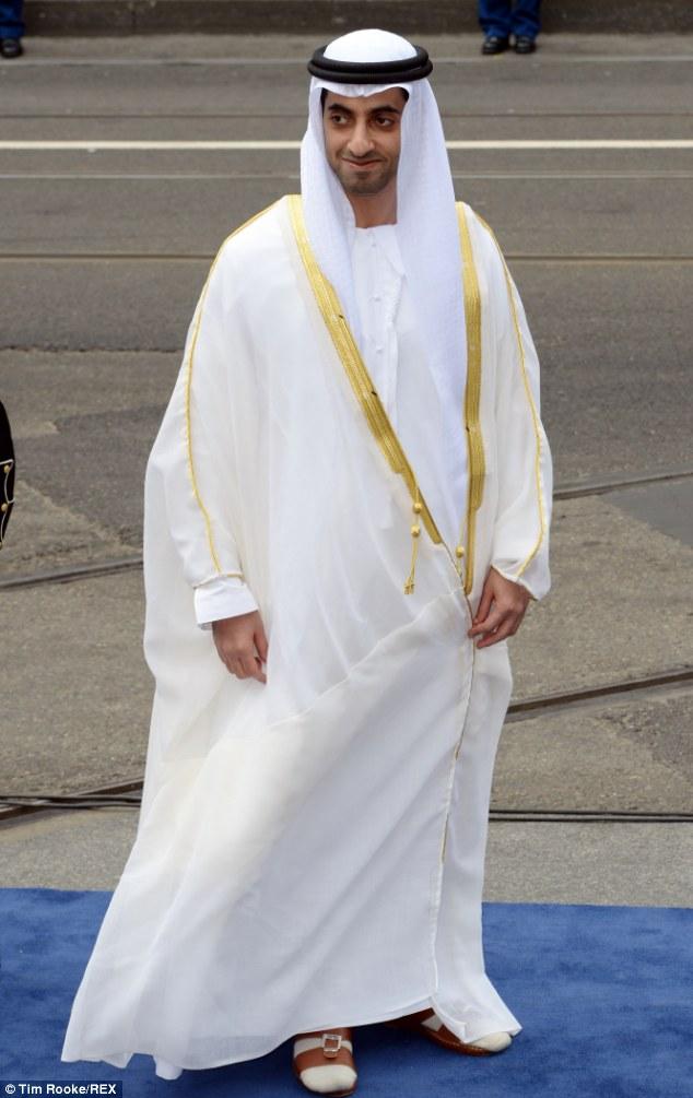 A riqueza eo poder: Sheikh Mansour Bin Zayed Al Nahyan é um membro da família real de Abu Dhabi e vice-primeiro ministro dos Emirados Árabes Unidos
