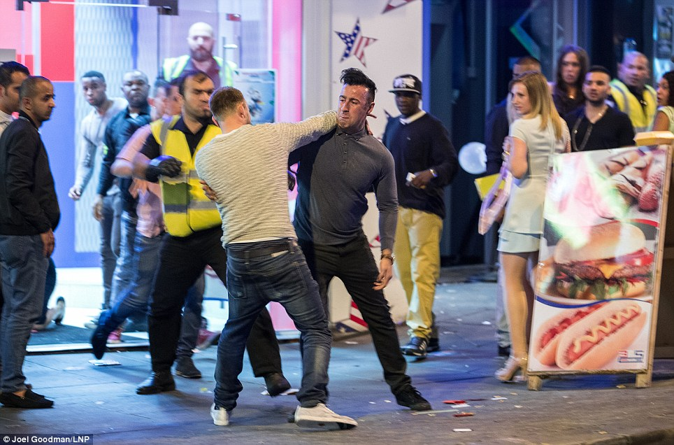 Street Fight 2 People Fighting