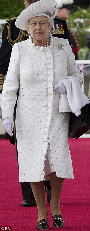 2012: Another day, another decade ¿ an elegant ensemble for  the Diamond Jubilee