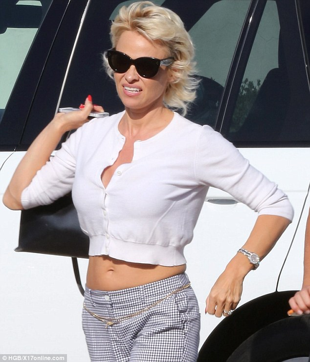 Pamela Anderson And Son Brandon Enjoy Pre Birthday Lunch