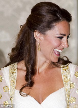 Tutorial To Kate Middletons Half Up Hairstyle Daily