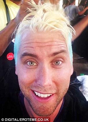 N Syncs Lance Bass Debuts Blue Hair As He Celebrates New