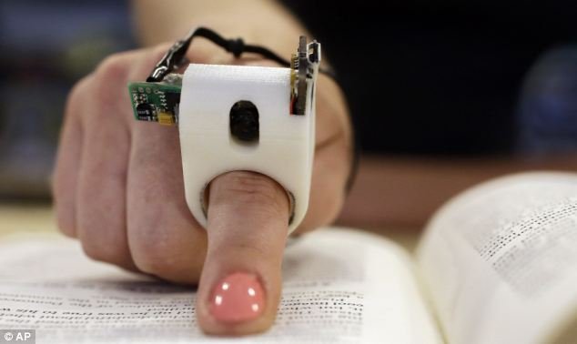Le FingerReader un gadget pour les aveugles