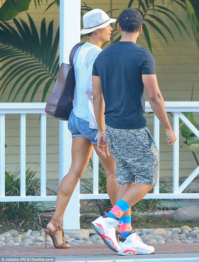 Close: The pair appeared in serious mood as they chatted together