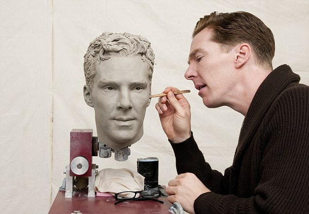 The figure will be 'premiere ready' and show the actor looking groomed with his famous tousled hairstyle