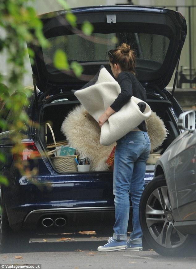 Emma Watson Moving In With Boyfriend Matthew Janney Daily Mail Online