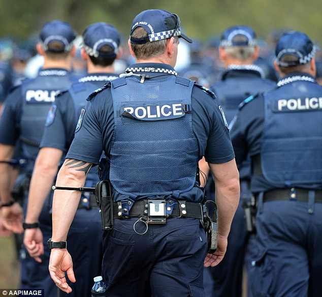 As many as 800 extra police are being sent to Cairns to guard the G20 finance ministers' meeting, held on September 20 and 21 at the city's Convention Centre.