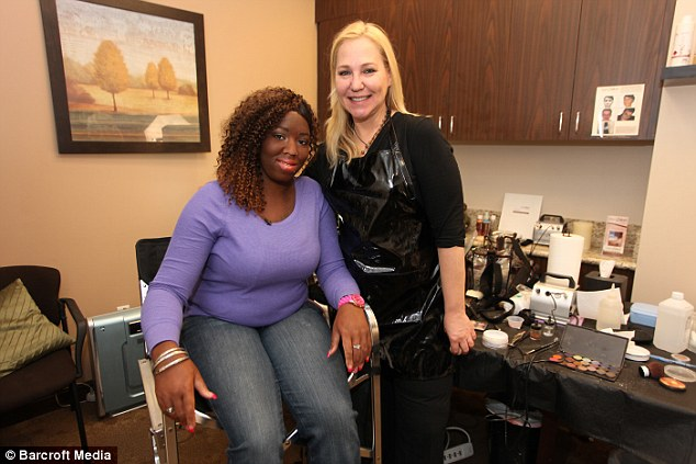 Lisa seen with dermatologist Lindakay Rendina after make up has been used to cover her vitiligo