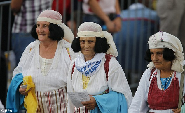 Believers arriving in the Albanian capital of Tirana for today's Holy Mass which will be held in a city square named after Mother Teresa