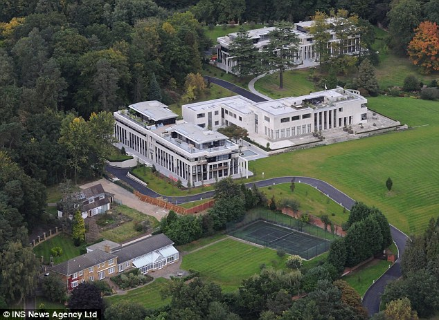 Sir Cliff Richard plans to sell his luxury £3million penthouse in Sunningdale, Berkshire  | ozara gossip