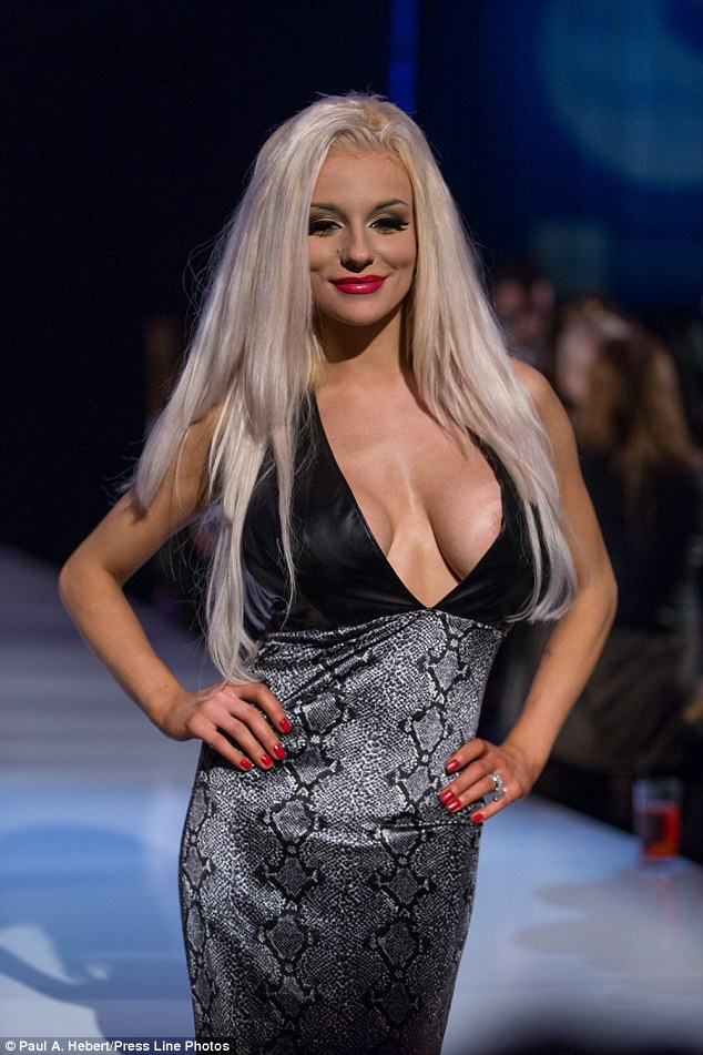 Courtney Stodden Steals Thunder From Fashion Show As She