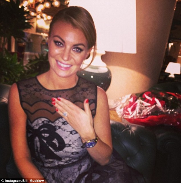 TOWIEs Billi Mucklow And Footballer Andy Carroll Jet Home After Rome Engagement Daily Mail Online