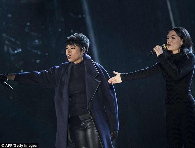 Jennifer Hudson performed alongside British singer Jesse J at the event