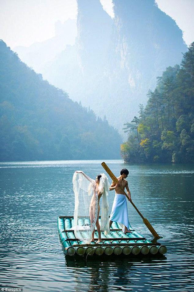 Foto Prewedding Bugil Pasangan Tiongkok Ala Avatar