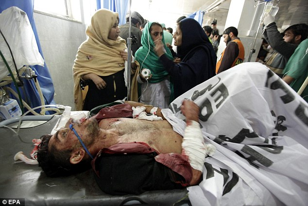 Injured Pakistani students being treated after been shot by Taliban Gunmen | ozara gossip