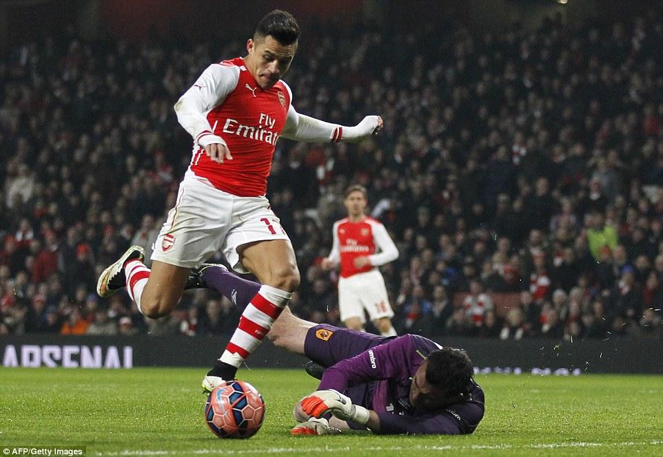 Gunners superstar Sanchez rounds Hull keeper Harper before attempting an audacious chip