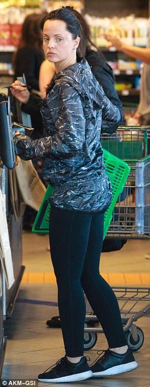 Mena Suvari Is Almost Unrecognizable With Black Dye Job