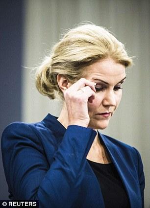 Helle Thorning-Schmidt habló sombríamente esta mañana en rueda de prensa en Copenhague