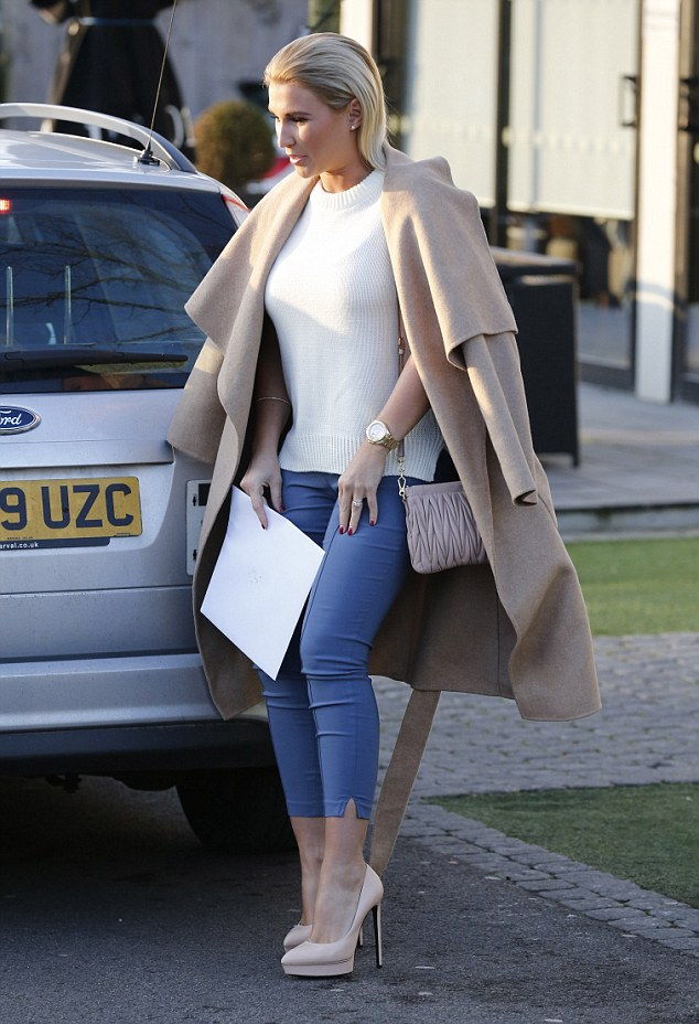Billie Faiers Looks Chic As She Joins Fianc Greg At Her