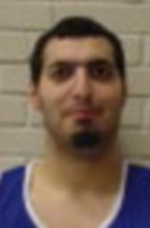 Dan Uzan, de 37 años, recibió un disparo en la cabeza fuera de una sinagoga