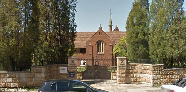 In his opening statement on Monday, counsel for the commission David Lloyd said five teachers at Knox in Wahroonga on Sydney's north shore were convicted of sex offences against students