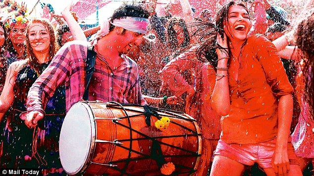 Celebrate Holi Like A Bollywood Beauty And Protect Your