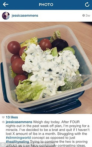 22-year-old Jess shared an image of a healthy meal, while explaining that it was her day to be weighed and check her progress