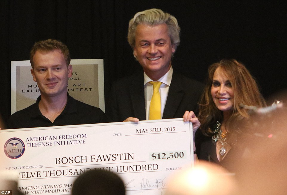Artist Bosh Fawstin (left) is presented with a check for 12,500 by Dutch politician Geert Wilders (center) and Pamela Geller (right) during a ceremony at the Curtis Culwell Center just before the shootings occurred