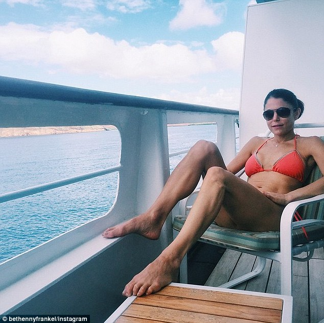 Bethenny Frankel In Bikini As She Admits Gut Told Her