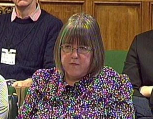 A Sally Evans ha dicho que no va a repatriar el cuerpo de su hijo, de Kenia, por temor a que se convierta en un santuario