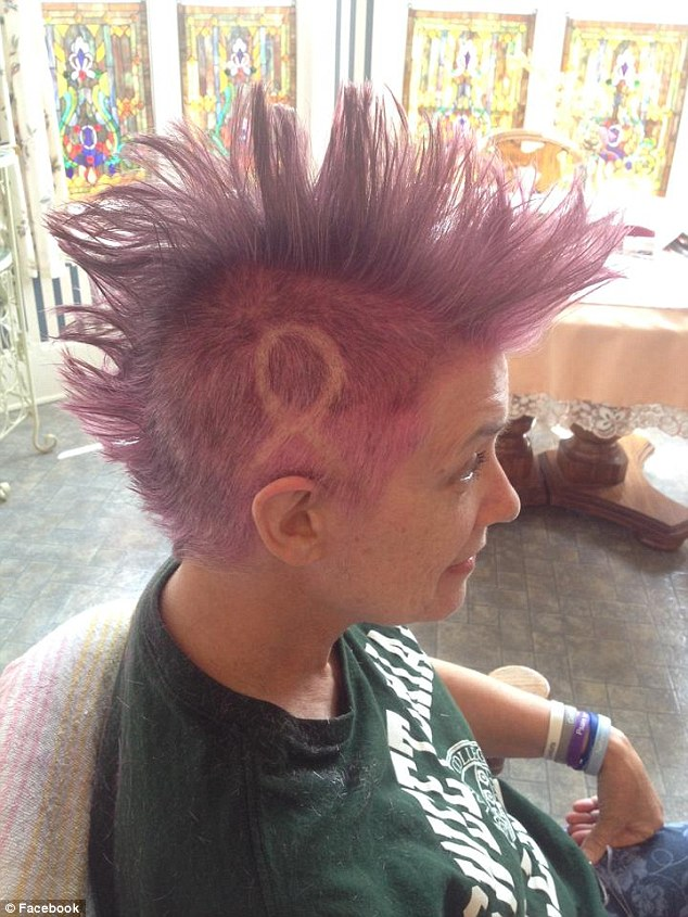 Mother With Breast Cancer Shaves Her Hair Into A Bright