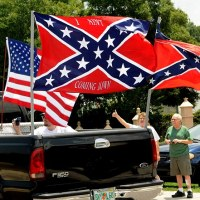 4,500 Attend Pro-Confederate Flag Rally in Florida
