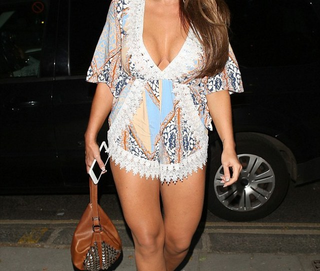 Body Confident Lauren Goodger Has Hit Back At The Haters And Claims That Her E