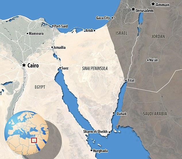 Ubicación: El ejército egipcio dijo a principios de un buque guardacostas había intercambiado disparos con militantes sólo dos millas de la costa del norte de Sinaí, una zona fronteriza con Israel y la Franja de Gaza