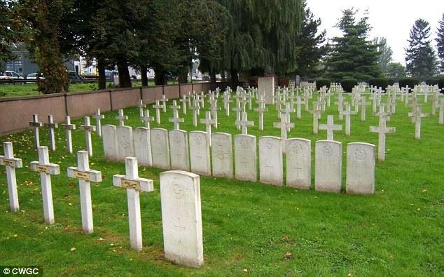 Todos los restos serán ahora en libertad a la comunidad judía en Estrasburgo, para que puedan ser enterrados en el Cementerio Cronenbourg (en la foto)