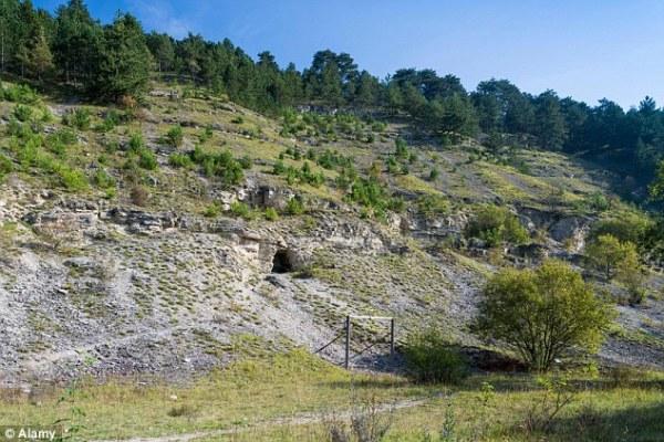 O Vale Jonas, em Thuringia, no lesta da Alemanha, foi supostamente o local dos programas nucleares e espaciais nazistas.