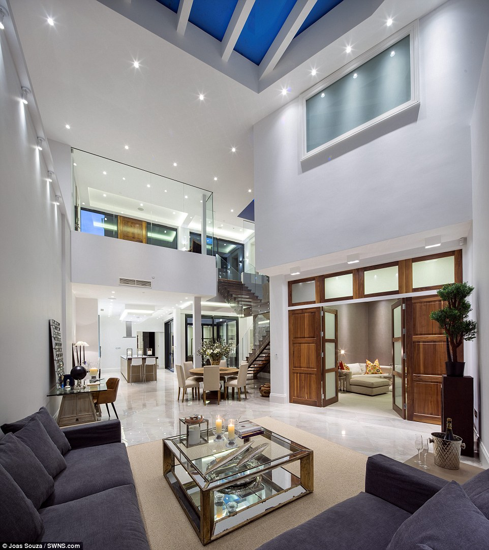 Iceberg Home Langtry House Is Only 8ft Above Ground In Hampstead Heath Daily Mail Online