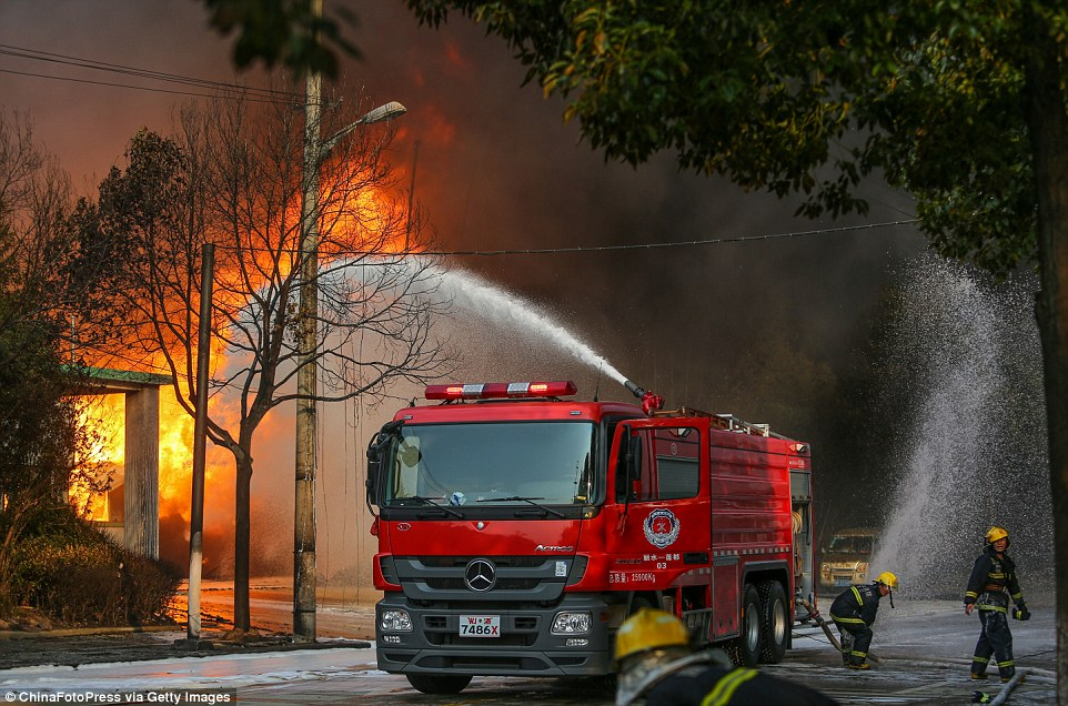 Chinese media has reported that an electric welder was misused, which led to the ignition of methanol in the factory and caused the fire