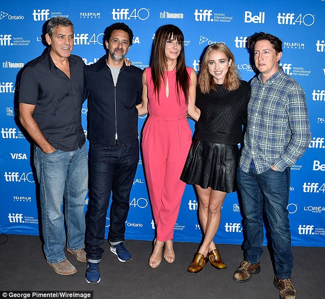 Our Brand Is Crisis equipe: a gravidade co-estrelas reunidas mais uma vez sábado no TIFF de Bell Lightbox ao lado de seus co-produtor Grant Heslov, a atriz Zoe Kazan, e diretor David Gordon Green