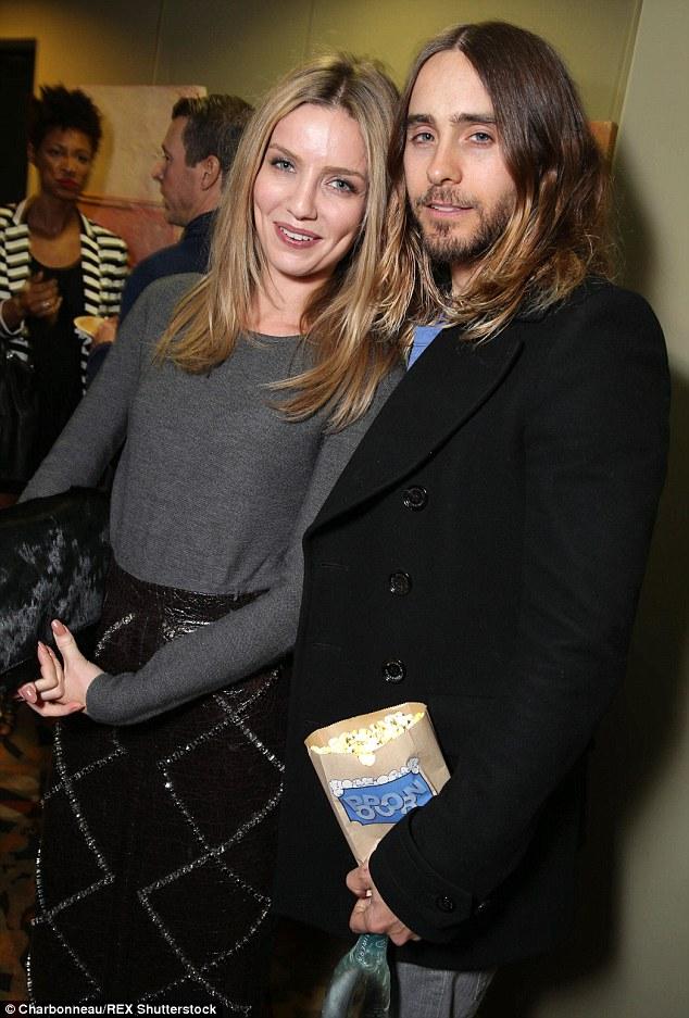 Chris Martins English Actress Girlfriend Annabelle Wallis