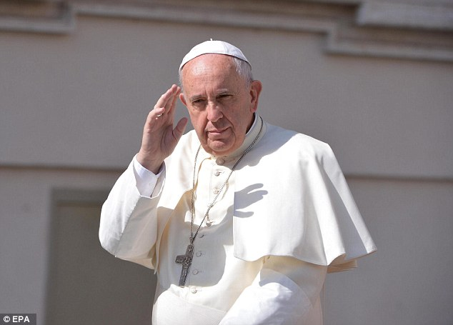 An Italian newspaper has claimed Pope Francis has a small but curable tumour on his brain
