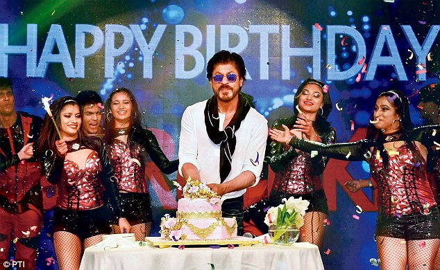Image result for shahrukh khan fan birthday party
