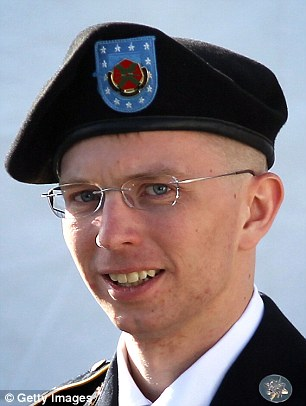 Chelsea Manning Suing Army Over Prison Haircut Because She