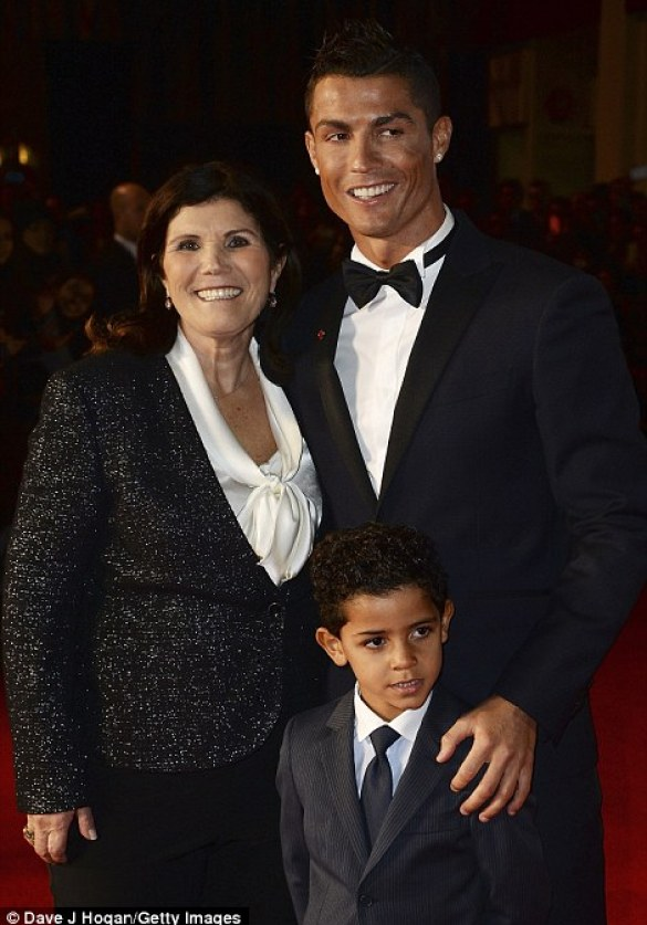 Ronaldo and mother Maria Dolores Aveiro attend the event