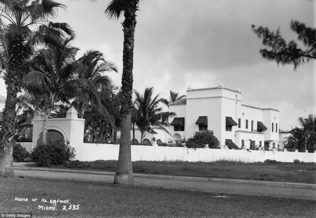 Caponedied at this house in 1947, after a nearly lifelong struggle with syphilis which left him with the mind of a 12-year-old