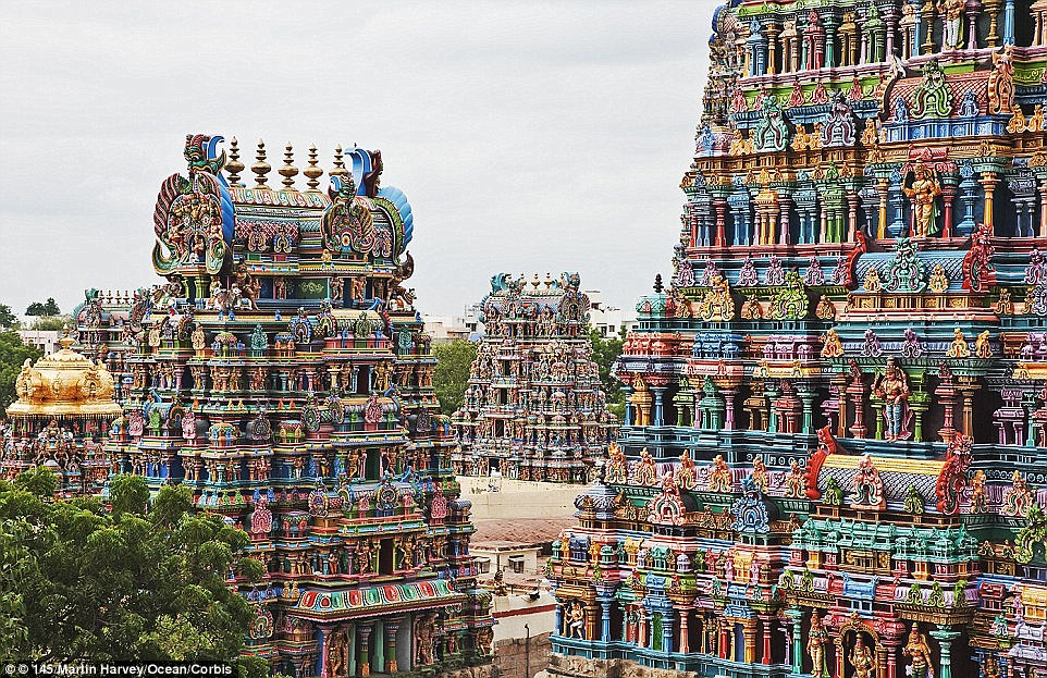 Rising up to 170 feet in the air, the 14 towers of the Meenakshi Temple are adorned by an impressive display of around 33,000 sculptures - all accentuated with a riot of bright colours