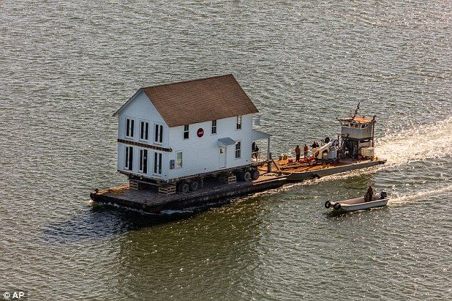 1906 Virginia Building Is Transported To Cape Charles