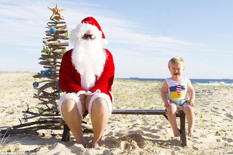 Photographer Jade Dawson Captures The Worlds Worst Santa