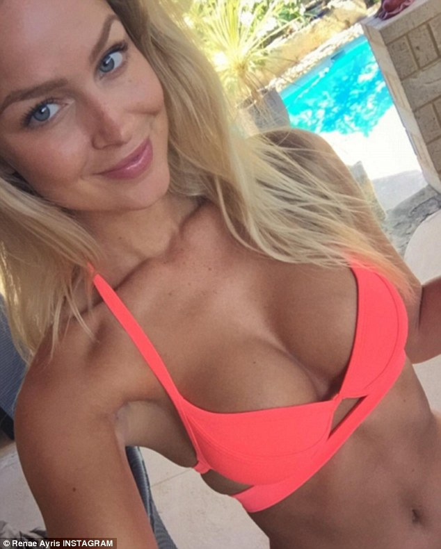 Summer Lovin Renae Donned A Vibrant Coral Coloured Bikini For A Selfie Which Showed